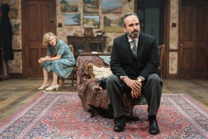 Gerald Kyd plays Hester's husband Sir William.