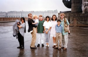 Woody Allen, Mia Farrow and family in 1990.