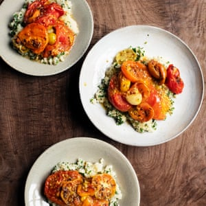 Tomato couscous with harissa.