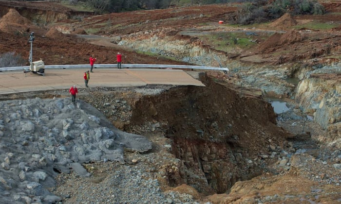 How Oroville went from drought to an overflowing dam in just two