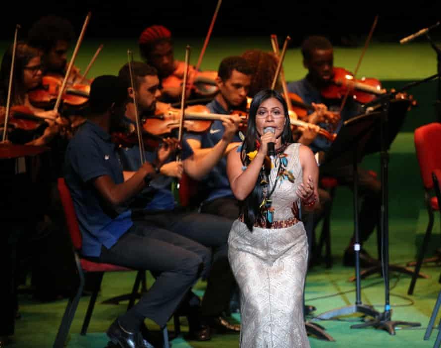 Djuena Tikuna performing in Rio de Janeiro..