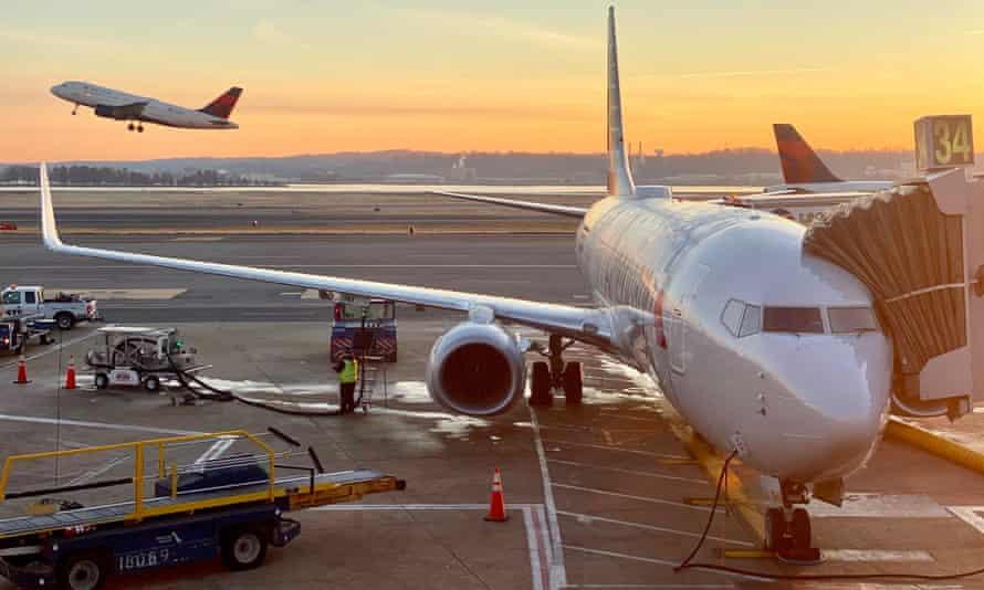 Planes at Reagan National airport in Washington DC