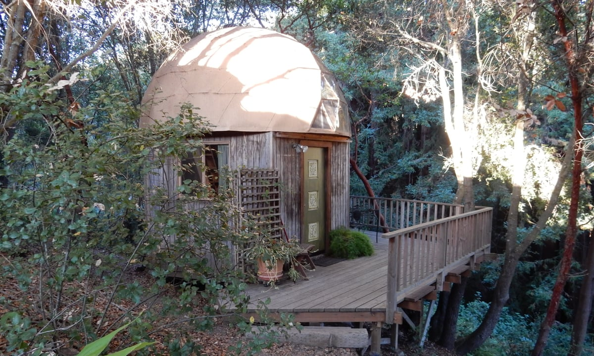 airbnb 39 s most popular rental a tiny cabin in the