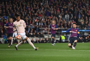 Messi scores the opener for Barcelona.