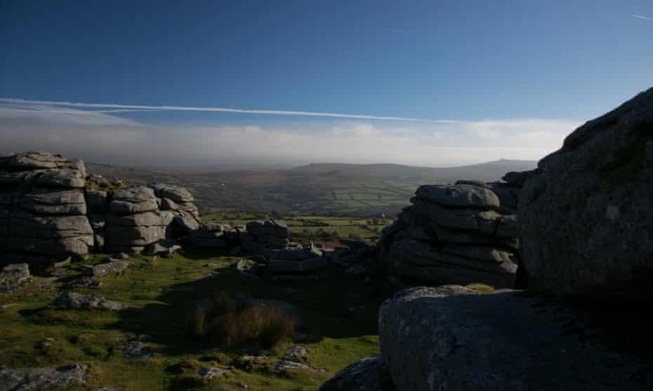 Rocks on Dartmoor signs of farming life from centuries ago