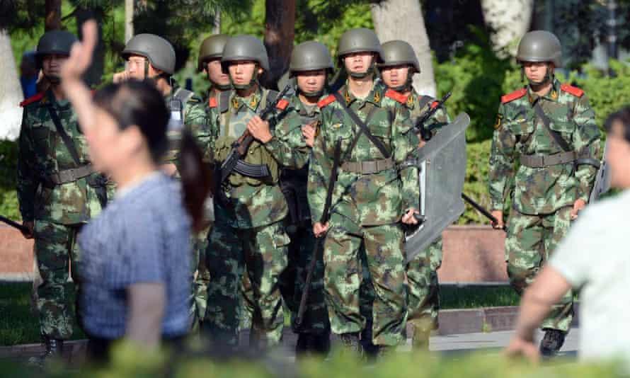Chinese paramilitary policemen