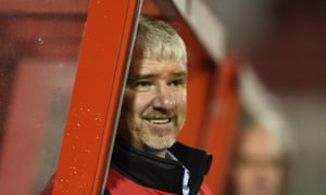 Martin Ling, the new manager, played 190 games for Glenn Hoddle's Swindon side that reached the Premier League in 1993.