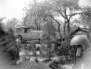 Country garage 1934