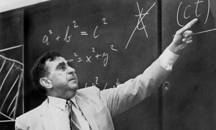 Physicist Edward Teller pointing at a formula on a blackboard on 22 May 1968.
