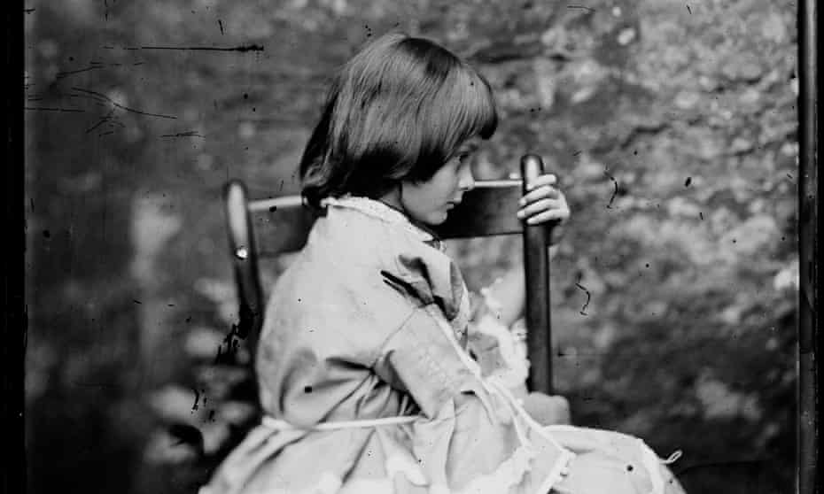 A detail from a photograph of Alice Liddell by Lewis Carroll, 1858.