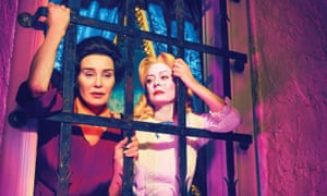 Jessica Lange and Susan Sarandon in Feud: Bette And Joan.