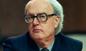 Lord Tordoff was chief whip of the Liberal and then the Liberal Democrat peers from 1983 to 1994