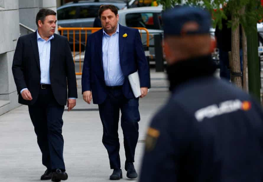 First to arrive at the court was the dismissed Catalan vice-president, Oriol Junqueras, right.