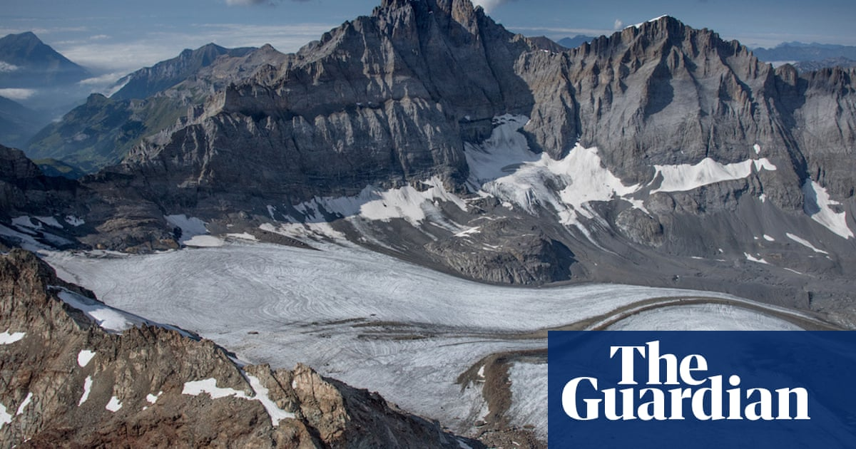 The man on a mission to reveal the 'souls' of vanishing glaciers