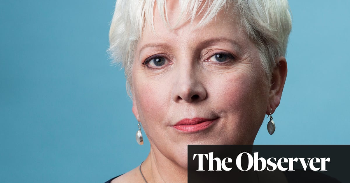 Carrie Gracie: 'I learned about equal pay the hard way'