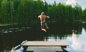 Finland topped the UN's happiness league this year, as economic growth stabilised.
