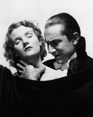 Carnal ... Bela Lugosi as the earl, with Helen Chandler.