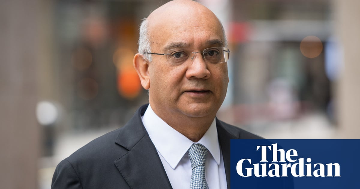 Keith Vaz engaged in 'sustained and unpleasant bullying', report finds