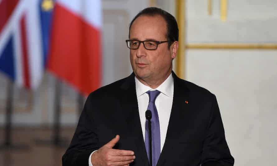 Hollande is scheduled to meet with Russian president Vladimir Putin on Thursday, a decision that has caused 'dissatisfaction' with US officials.