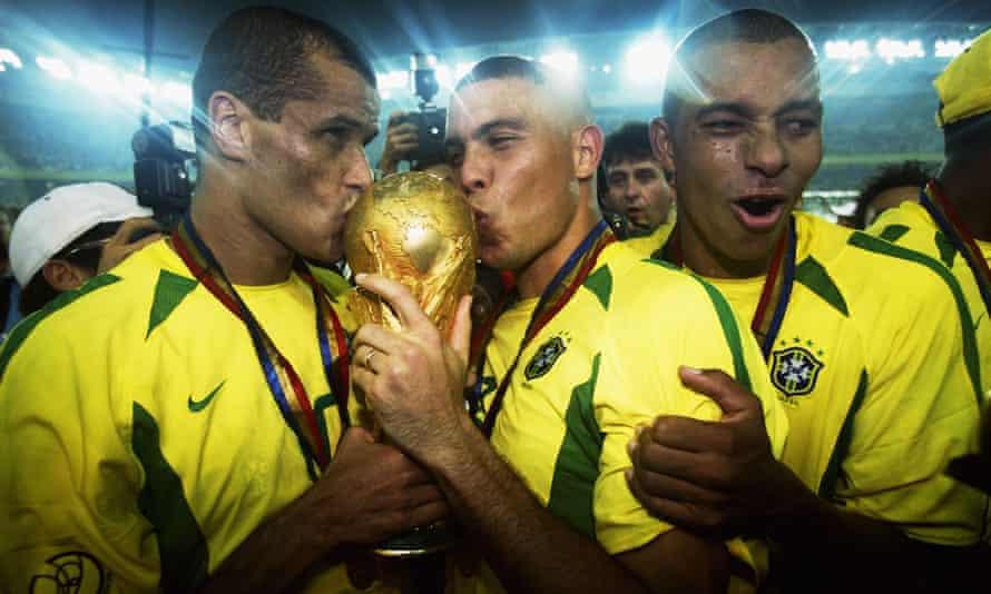 Rivaldo and Ronaldo celebrate Brazil's World Cup victory in 2002