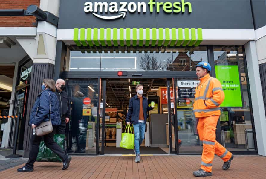 Amazon's first 'just walk out' shop outside the United States