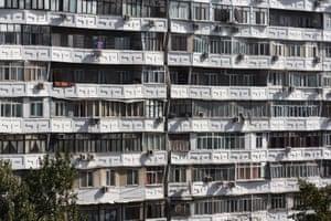 Issyk-Kul Residential building, A. Isaev, A. Nigai, L. Sidorenko. Bishkek, Kyrgyzstan, 1979