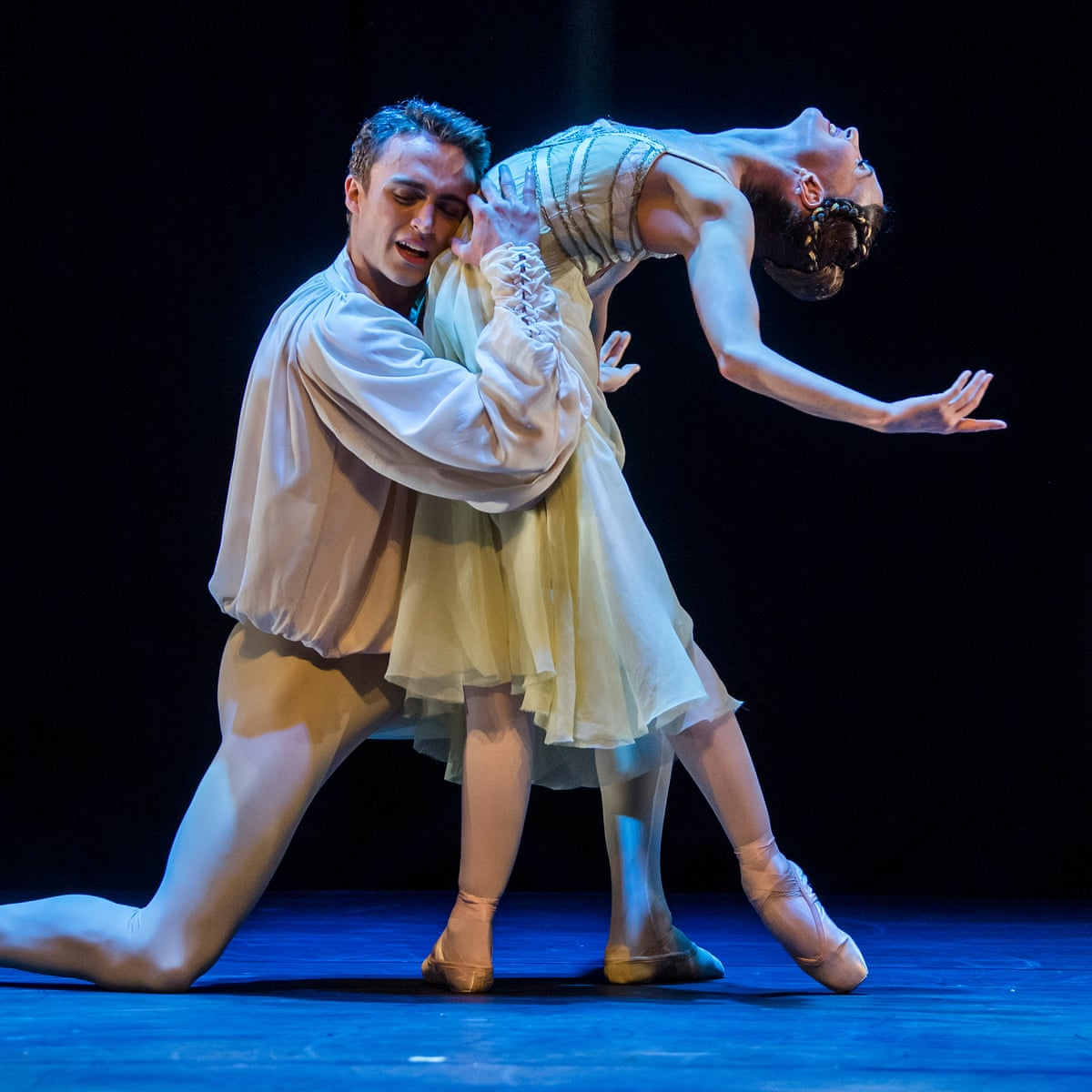 Romeo and Juliet review – stunningly swoonsome study of wide-eyed love |  Royal Ballet | The Guardian