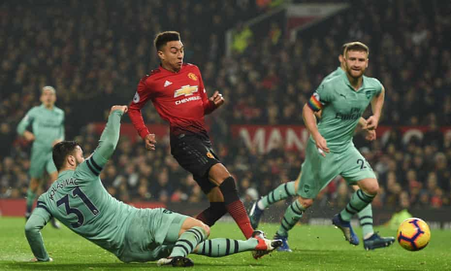 Jesse Lingard scores for Man Utd v Arsenal