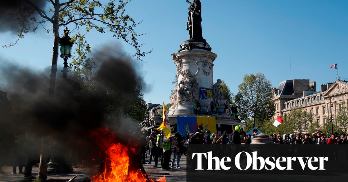 Millions for Notre Dame – but nothing for us, say gilets jaunes