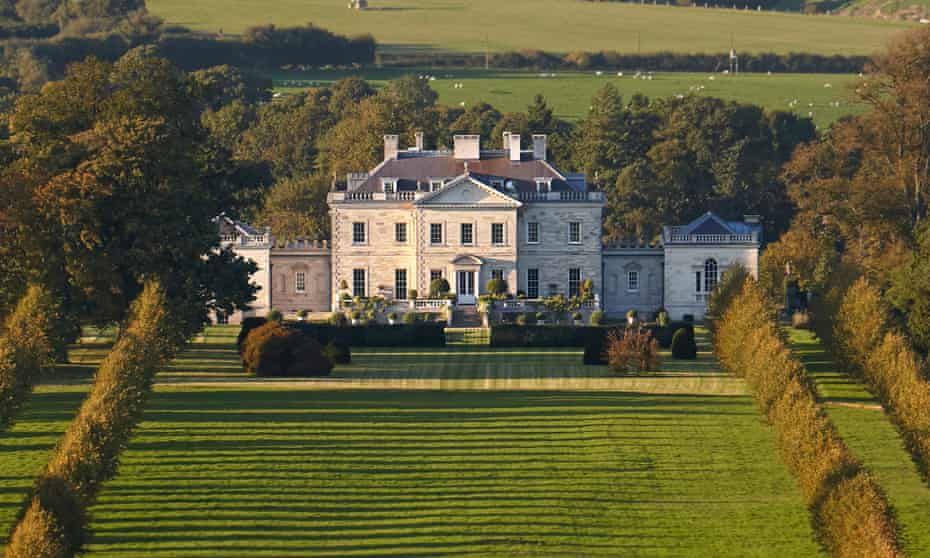 Ferne Park in Wiltshire, built for Lord Rothermere by Quinlan and Francis Terry in 2001.