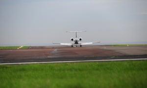 Shaker Aamer's plane arrives at Biggin Hill