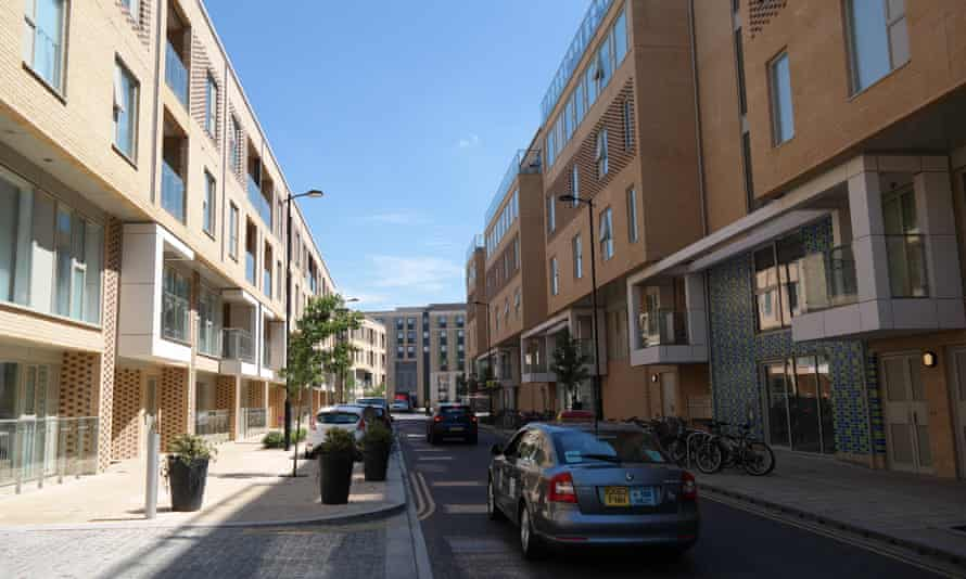 Traffic choked … the narrow access road to the station has raised concerns over air quality.