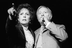 Penelope Wilton (Mme Ranyevskaya) and Alec McCowen (Gaev) in The Cherry Orchard, 1995