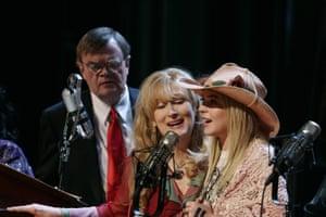 Garrison Keillor with Meryl Streep and Lindsay Lohan in Robert Altman's big screen take on A Prairie Home Companion.