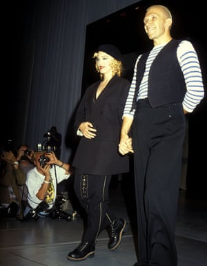 Maddona 1992, amfAR Fashion Benefit Show
