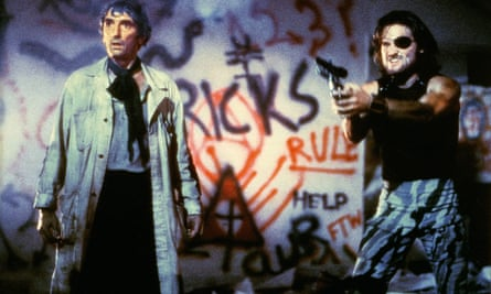 Harry Dean Stanton and Kurt Russell in John Carpenter's Escape from New York