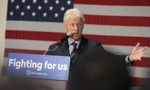 Bill Clinton campaigns for Hillary Clinton in Cincinnati.
