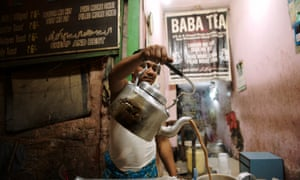 A tea stall stopoff on one of Calcutta Walks's guided city tours, Kolkata, India