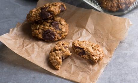 Veganuary: banana chocolate-chip oat cookies recipe