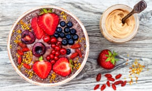 A superfoods smoothie bowl with chia seeds and goji berries.