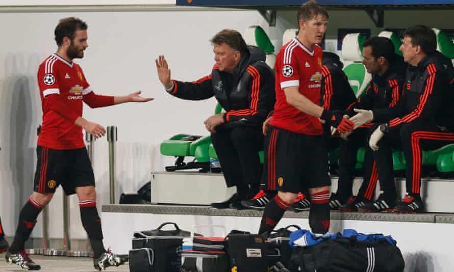 Juan Mata, left, and Bastian Schweinsteiger