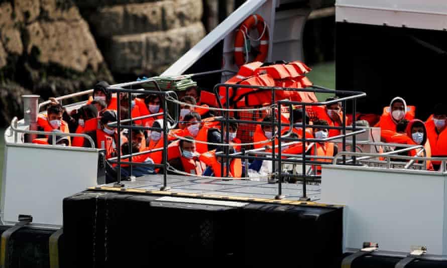 Rescued Migrants arrive in Kent