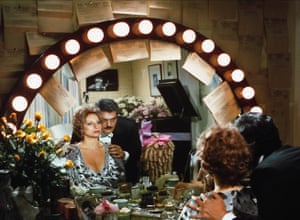 Barbra Streisand & Omar Sharif in Funny Lady, 1975