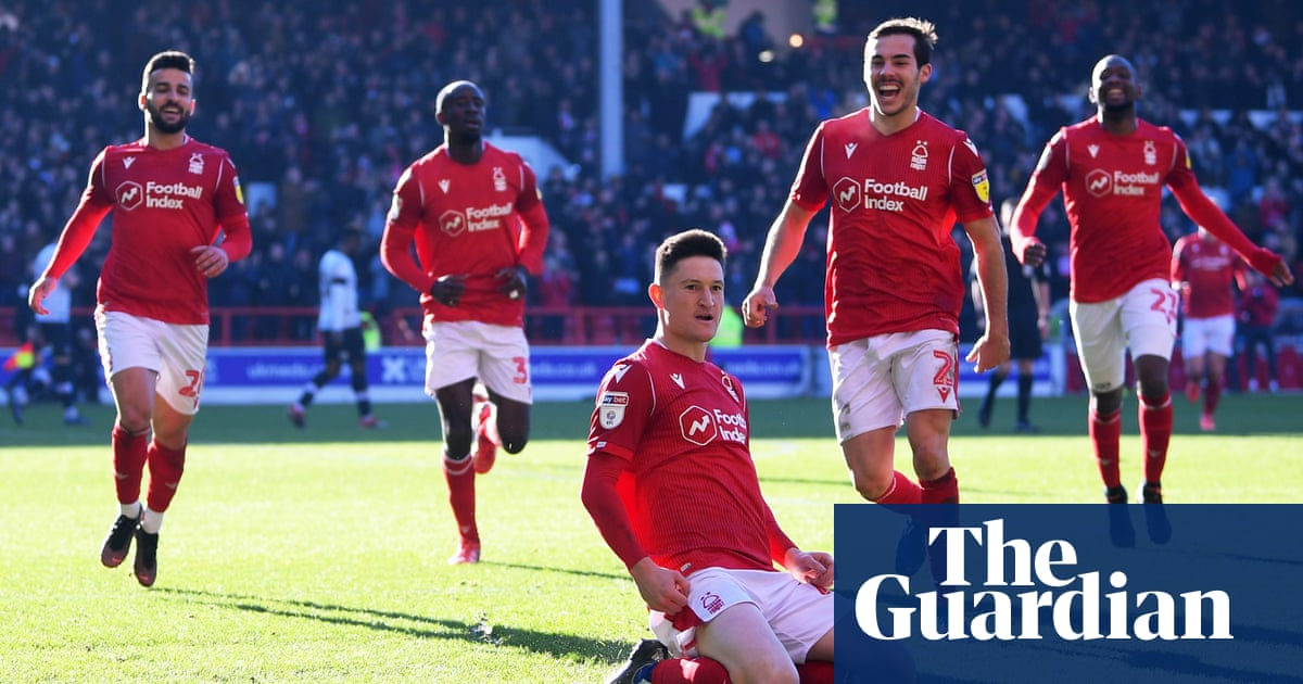 Joe Lolley turns tables on Luton to boost Nottingham Forest's promotion dream