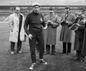 Béla Guttmann with journalists in London before his Benfica side's European Cup semi-final second leg against Tottenham.