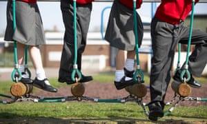 children on log ropes
