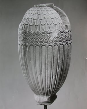 A vases seized as part of the Becchina archive.