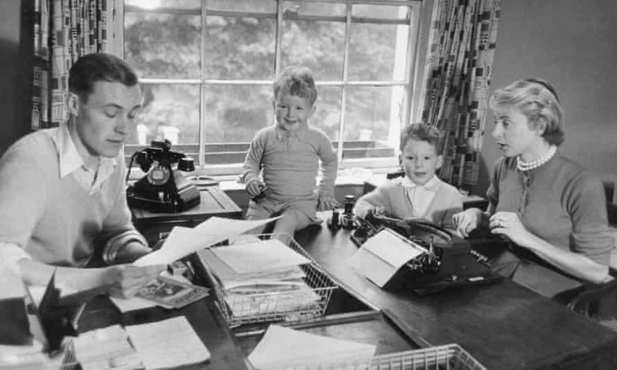 Hilary (second from left) with his father Tony, brother Stephen and mother Caroline.