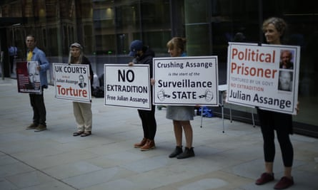 Supporters of Assange
