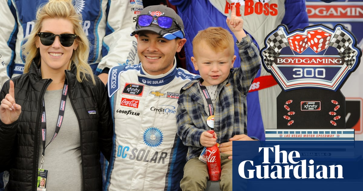Kyle Larson: Nascar's reluctant Asian American pioneer races toward the title | Sport | The Guardian
